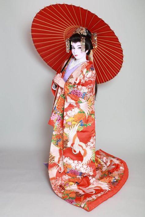 大奥コース + 白塗りメイク Facebookページ Studio Geisha Cafe から引用