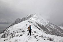 The ridge to Kongsvollen comes into view