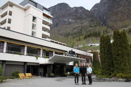 Trailhead: Hotel Alexandra in Loen