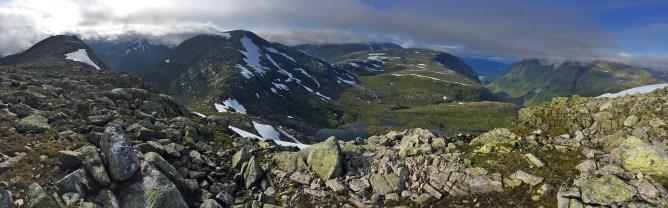 Instengegga summit view (2/2)