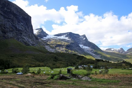 Kvitegga and Nibbedalen