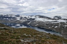 Lake Oppljosvatnet