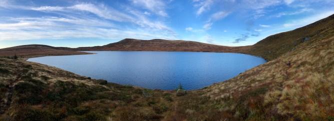 Lake Mosvatnet and Storebroren