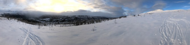 Veslefjell comes into view