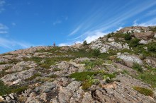 Going down Einvolltinden's south ridge