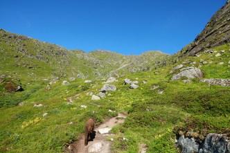 Up Durmålsdalen valley