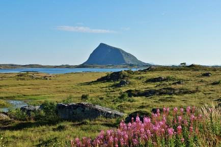 Hoven on Gimsøya