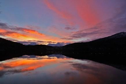 Beautiful sunset at lake Hovdevatnet