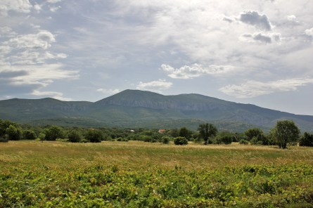 Velika Promina seen from the road