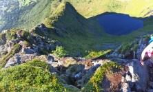 View down the ridge (2/2)