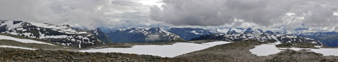 Summit view (2/4)