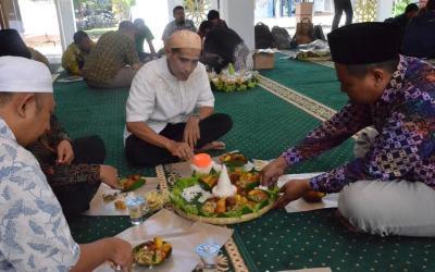 Selametan FK UNEJ Dalam Rangka Maulid Nabi Muhammad SAW