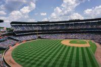 プロ野球開幕戦開催地を決める条件とは?セパ年数の違いも解説