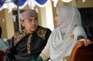 Ustadz Taufiqurraman bersama Istri