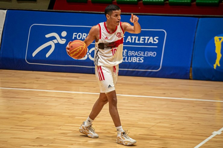 Matheusinho (Foto: Paula Reis/ Flamengo)