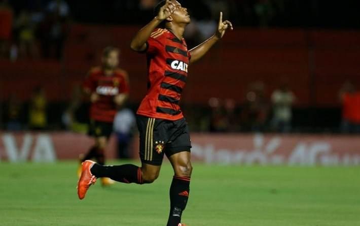 Flamengo se interessa por Rithely, volante do Sport