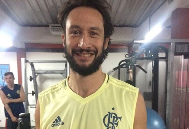Flamengo anuncia contratação de ala-pivô para a próxima temporada