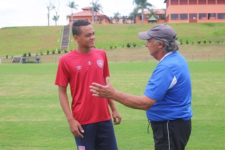 Flamengo está próximo de oficializar acerto com jovem destaque da Copinha