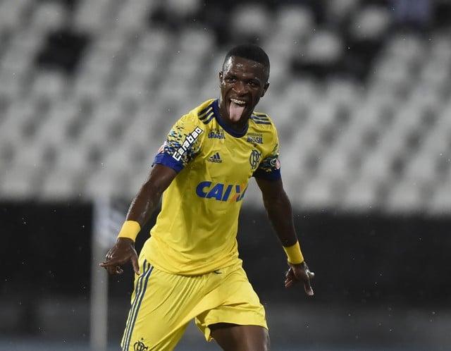 Cartola FC: Vinicius Junior fica por C$ 10 na precificação dos jovens talentos
