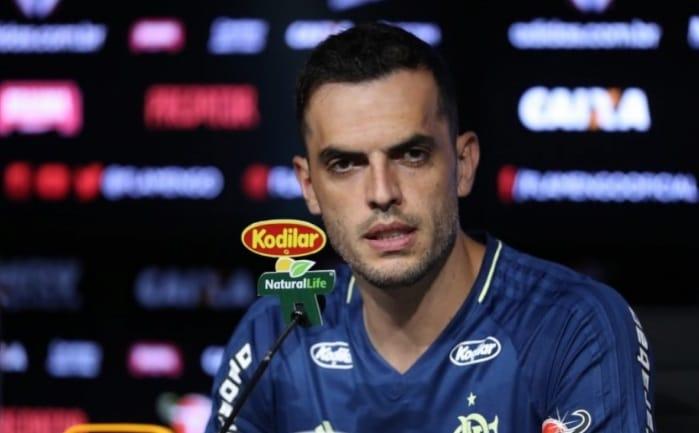 Substituto de Réver, Rhodolfo afirma: 'Meu entrosamento com Juan é bom'