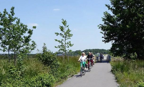Radeln am Niederrhein - Bahnradweg Kreis Viersen - Flachshof Nettetal