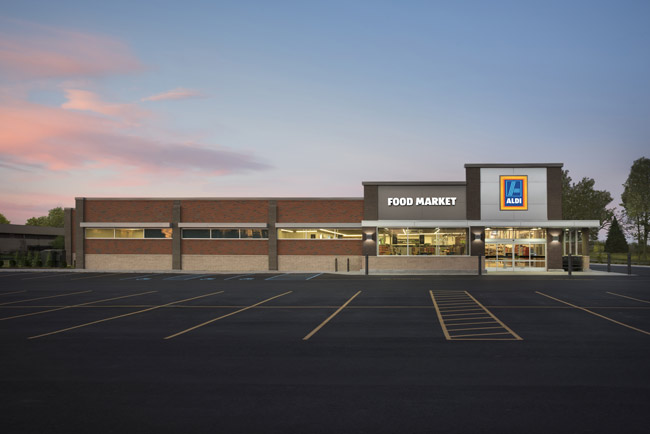 Check it out: aftyer its soft opening Wednesday, Aldi opens in earnest at 8:30 this morning, off State Road 100 across from Target in Palm Coast. (Aldi)