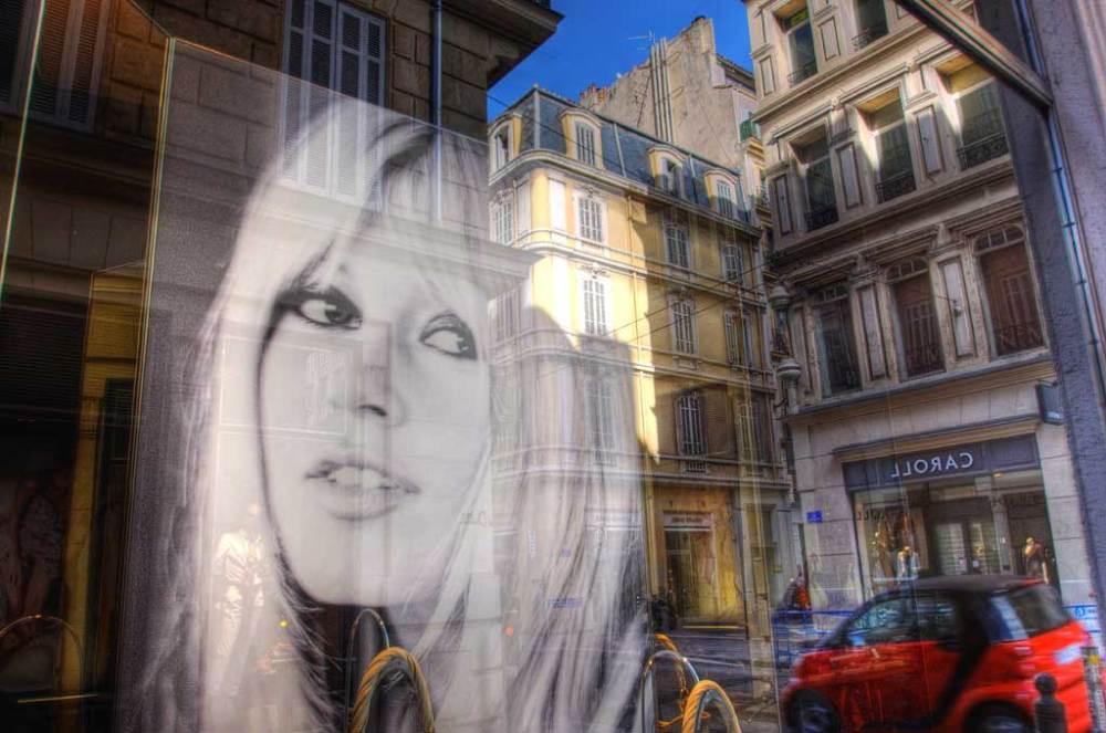 Joyeux anniversaire bonne vieille: Brigitte Bardot is 85 Saturday. (Marcovdz)