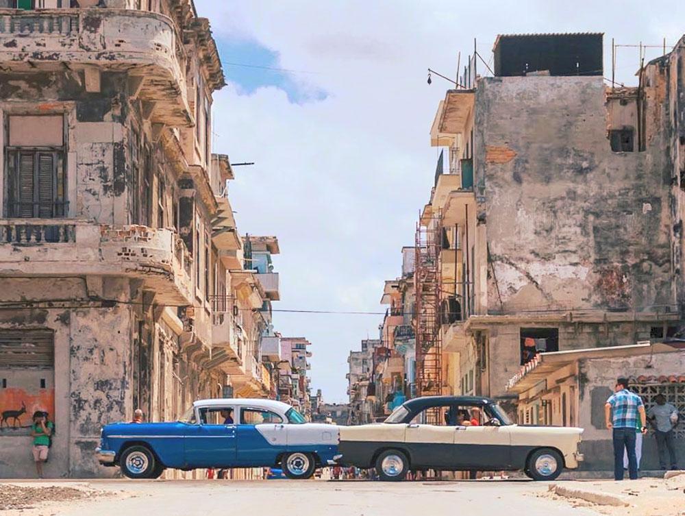 Cubans at a crossroad. (MissChampers/Flicker)