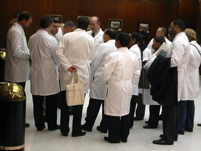 nurse practitioners prescription drugs authority