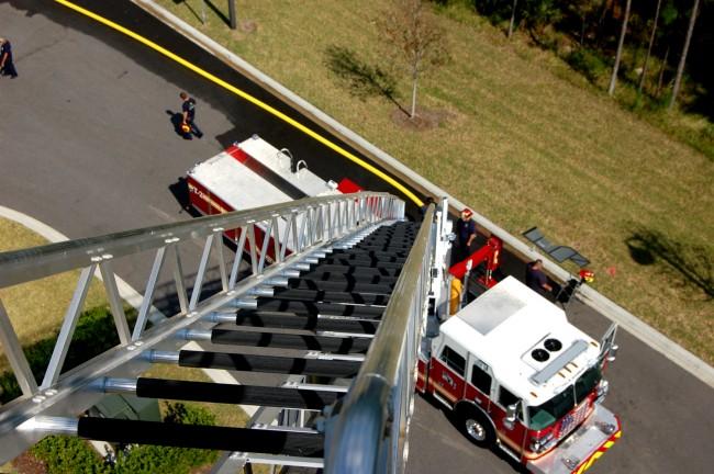 sutphen STH 100 ladder truck palm coast fire department