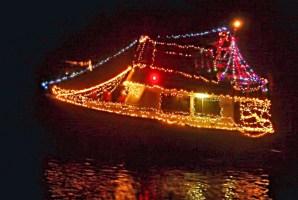 palm coast yacht club holiday boat parade