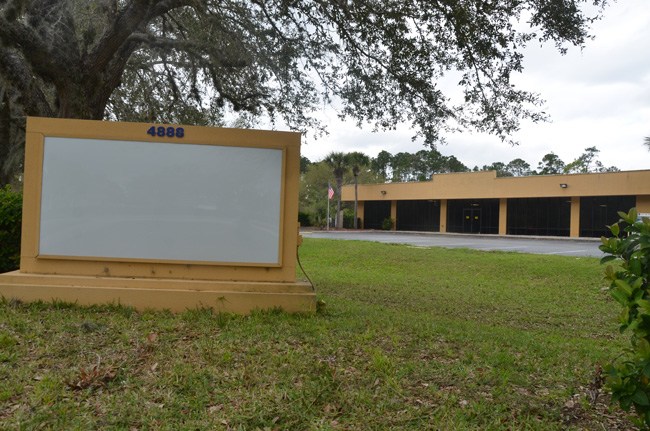 8,000 square feet looking for a tenant. The old Sears building on Palm Coast Parkway. (c FlaglerLive)