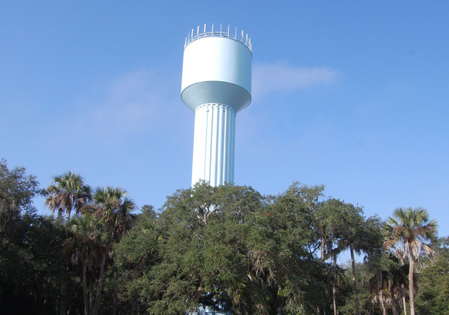 One of what counts as Palm Coast's four city-owned communications tower is the water tower in the Hammock. (© FlaglerLive)