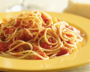 Speghetti with tomato sauce