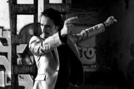 O brasileiro Stefano Domit recebe prêmio de dança em Madri