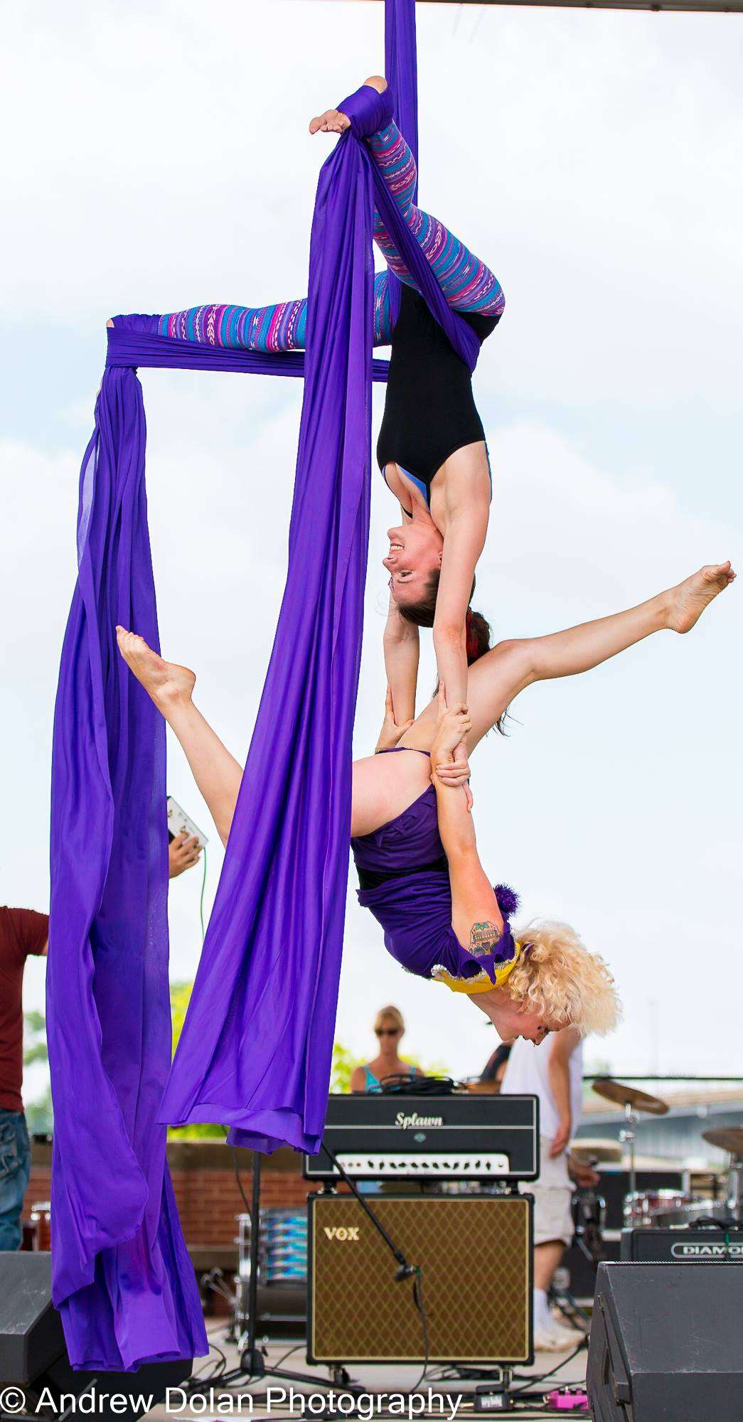 Los Angeles Circus Aerialist Performer Hire Circus Show Flamewater Circus (2)