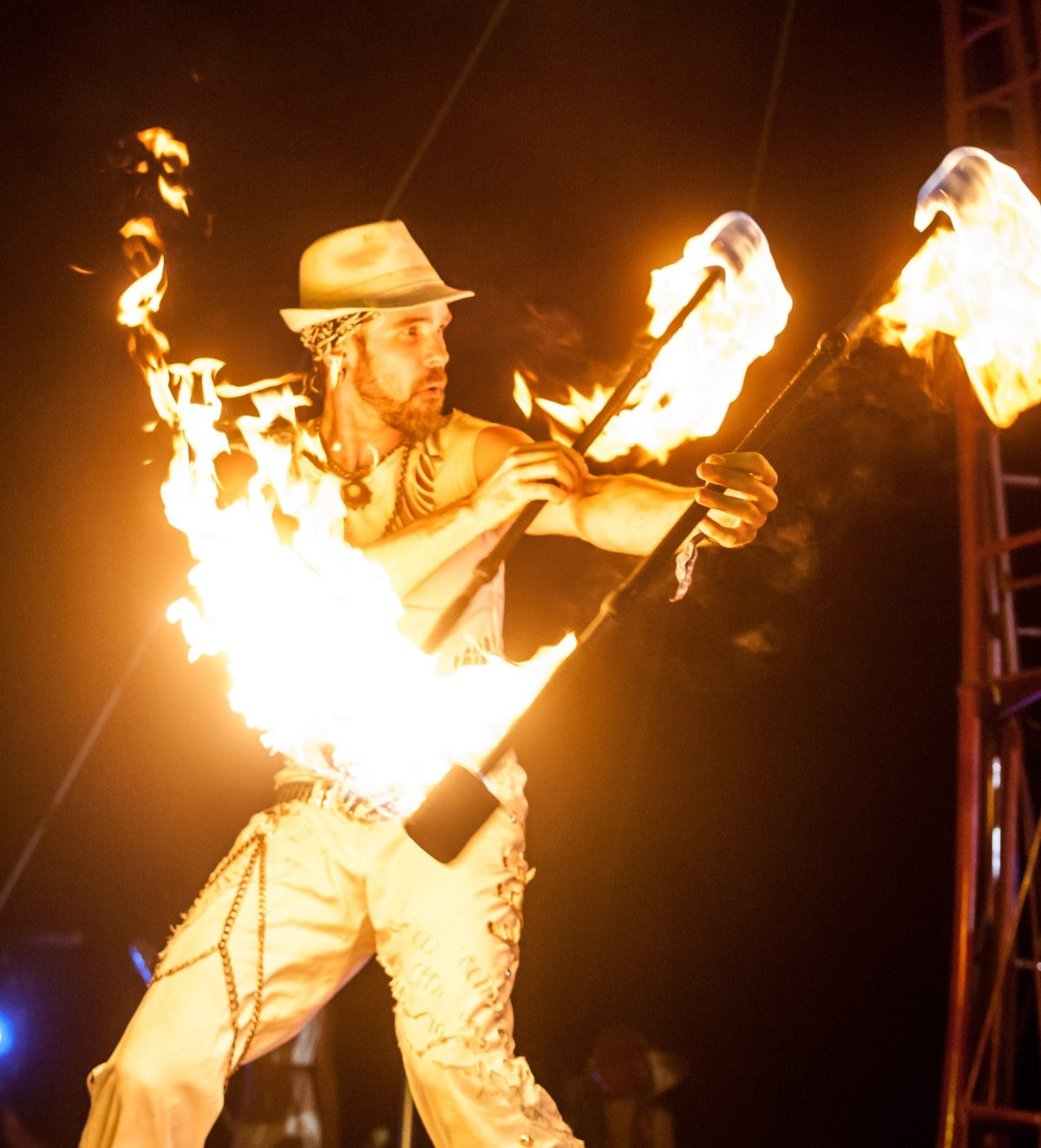 Los Angeles Fire Performer Lester Love Flamewater Circus (4)