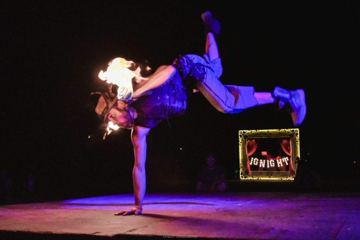 Los Angeles Fire Show Lester Love Flamewater Circus (1)