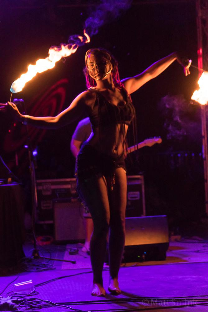 Ohio Fire Dancer Maya Skye Fire Show Flamewater Circus