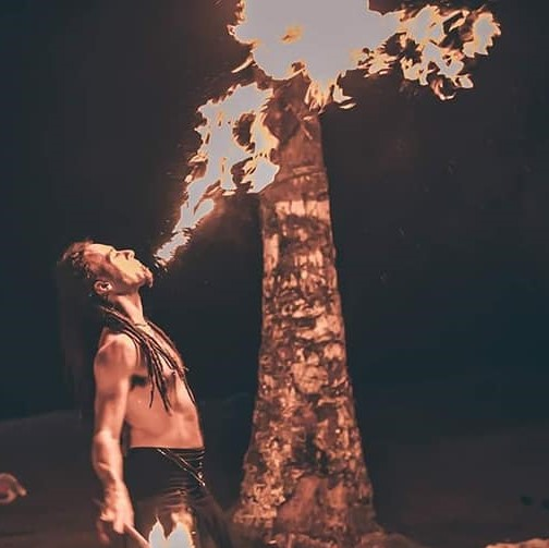 Montreal Fire Breather Golem Obsidian Flamewater Circus (2)