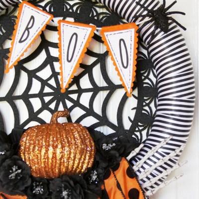 Boo! Spooky Spiders Halloween Wreath