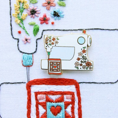 Floral Sewing Machine Pattern and Needle Minder