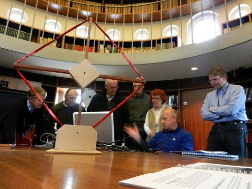 The Radio Group gather around Clive's laptop to view the VLF data