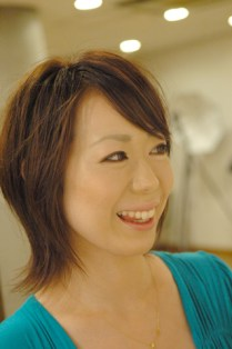 カットカラー|横浜市、青葉区、藤が丘、美容室、フラップヘアー