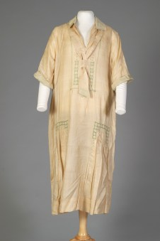 Probably American, ca. 1928. Off white or beige silk.