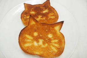 38ねこ食パン3