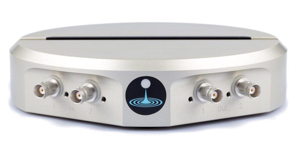 Flash Photonics Liquid Instruments Moku:Lab Silver Front