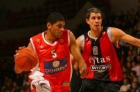 Nicolas Batum en Euroligue avec le MSB face au Lietuvos Rytas (c) basketactu.com