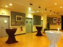 Salle VIP avec boissons et plats pour les invités après-match
