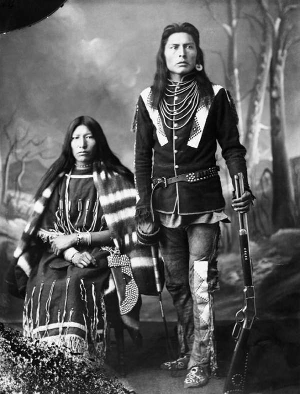 Vintage Photos Of Canada's First Nations People (1880s ...